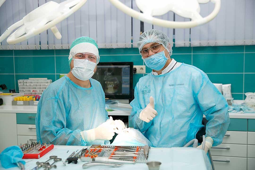 Удаление зубов безболезненно