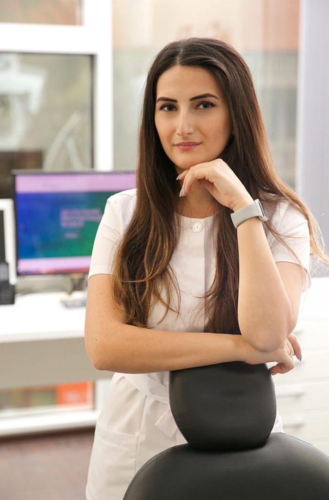 Стоматолог-терапевт Нели Леонидовна Аванесова