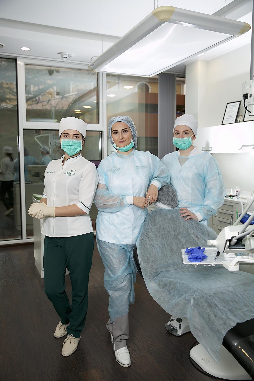 Отбеливание зубов в клинике Medicus